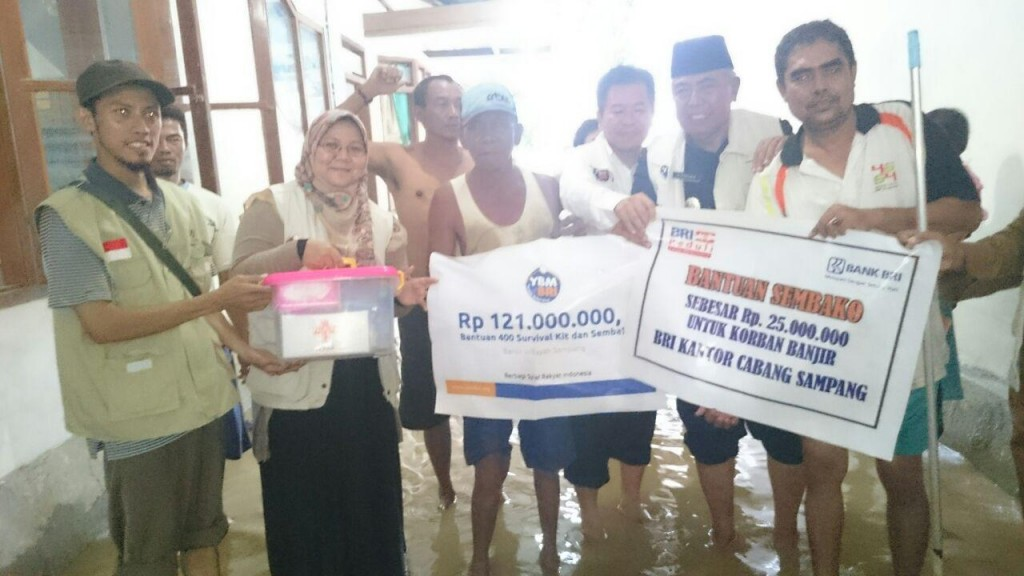 11. Banjir Surabaya 2