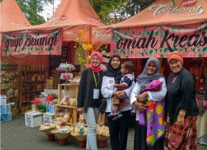 Belajar-dengan-Mengikuti-Bazar
