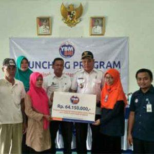 Bantuan 30 Paket  Pendidikan di Medan