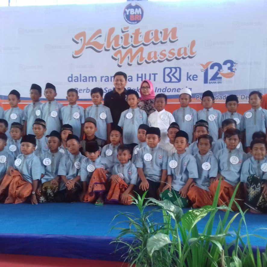 Khitanan Massal YBM BRI Kanwil Semarang