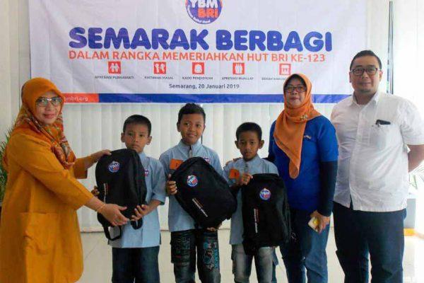 YBM BRI Kanwil Semarang Gelar Khitanan Massal