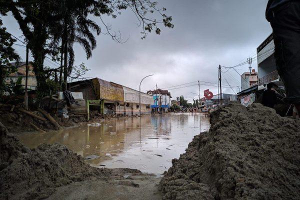 Aksi Tanggap Bencana YBM BRI Banjir Bandang Masamba